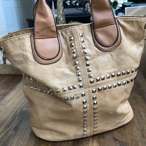 Yoki studded tote bag